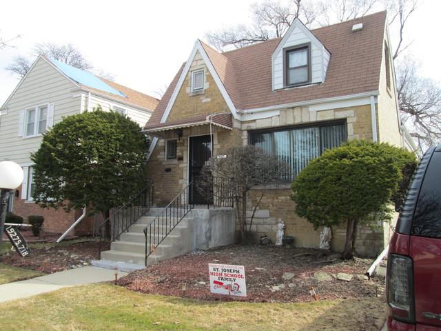 1927 S 7th Avenue, Maywood, IL 60153 (MLS #09889875) :: Domain Realty