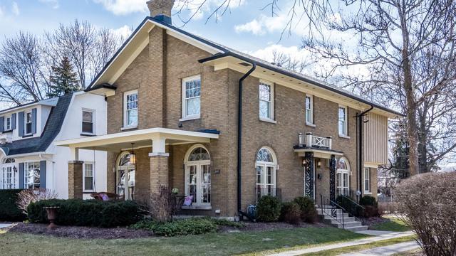 247 Lawton Road, Riverside, IL 60546 (MLS #09892902) :: Littlefield Group