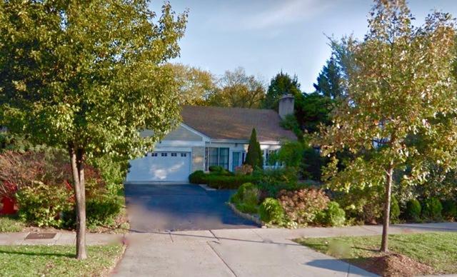 2500 Lake Avenue, Wilmette, IL 60091 (MLS #09893008) :: Domain Realty