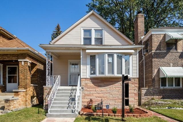 8211 S Kenwood Avenue, Chicago, IL 60619 (MLS #09893971) :: Domain Realty