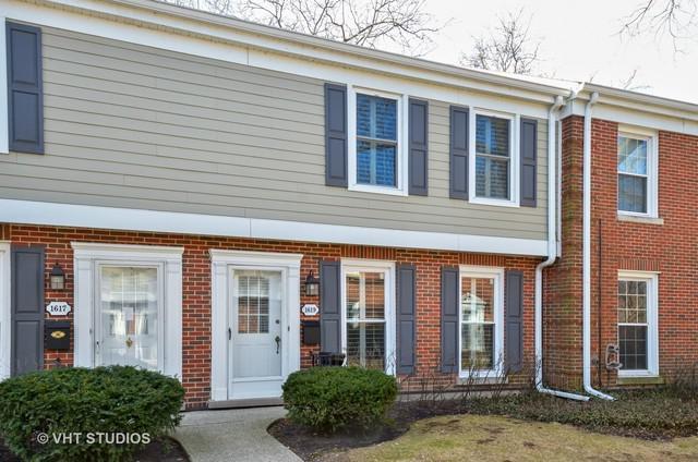 1619 Pebblecreek Drive, Glenview, IL 60025 (MLS #09894694) :: The Jacobs Group