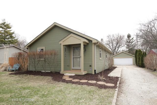 2119 Evergreen Avenue, Fox River Grove, IL 60021 (MLS #09904844) :: The Jacobs Group