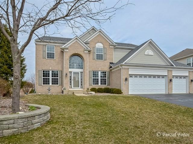 4078 Stratford Lane, Carpentersville, IL 60110 (MLS #09915835) :: The Jacobs Group