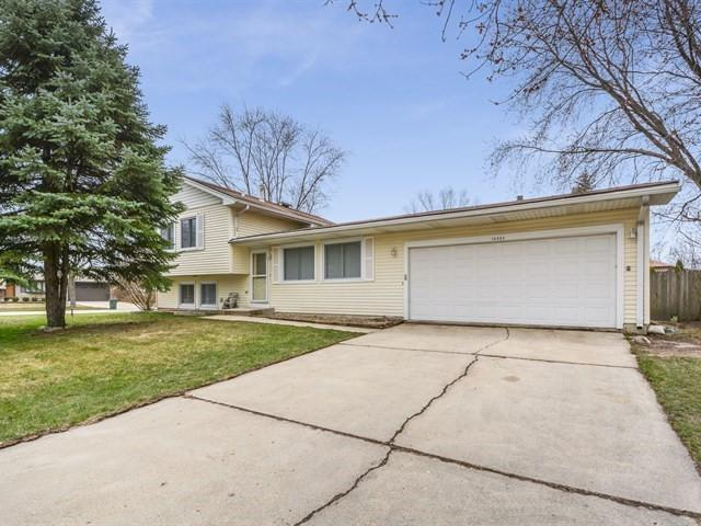14434 S Boulder Drive, Homer Glen, IL 60491 (MLS #09916254) :: The Jacobs Group