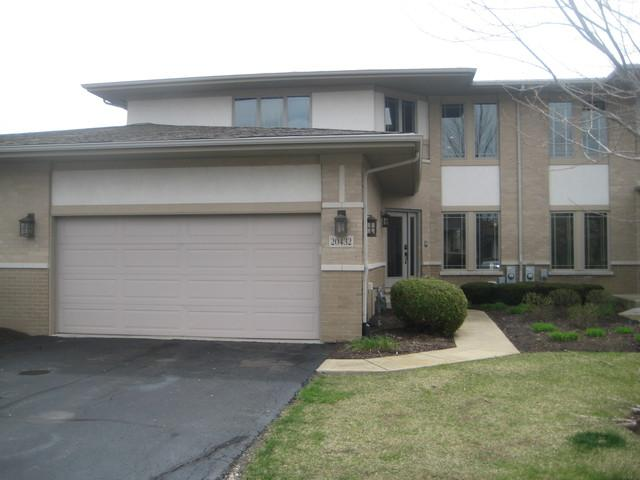 20432 Fallingwater Circle, Frankfort, IL 60423 (MLS #09918784) :: Lewke Partners