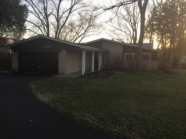 200 Sharon Drive, Barrington, IL 60010 (MLS #09922441) :: The Wexler Group at Keller Williams Preferred Realty