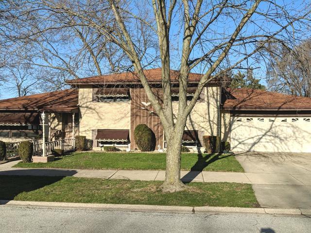 17011 Dobson Avenue, South Holland, IL 60473 (MLS #09923596) :: Lewke Partners