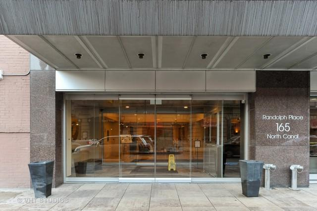 165 N Canal Street #1313, Chicago, IL 60606 (MLS #09926419) :: The Perotti Group