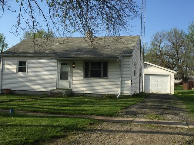 310 E Main Street, Buckley, IL 60918 (MLS #09942816) :: Ani Real Estate