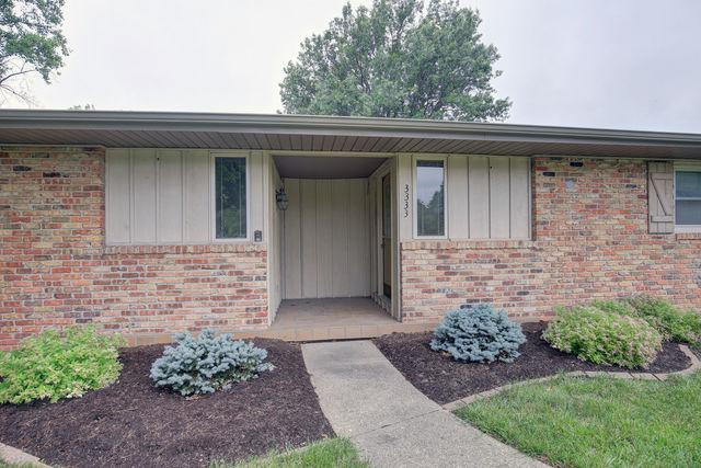 3333 Stoneybrook Drive, Champaign, IL 61822 (MLS #09954260) :: Ryan Dallas Real Estate