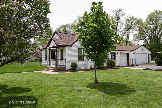 901 North Avenue, Crystal Lake, IL 60014 (MLS #09957144) :: Lewke Partners