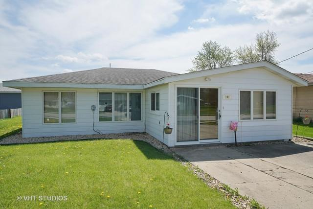 208 W South Street, Elwood, IL 60421 (MLS #09958023) :: Ani Real Estate