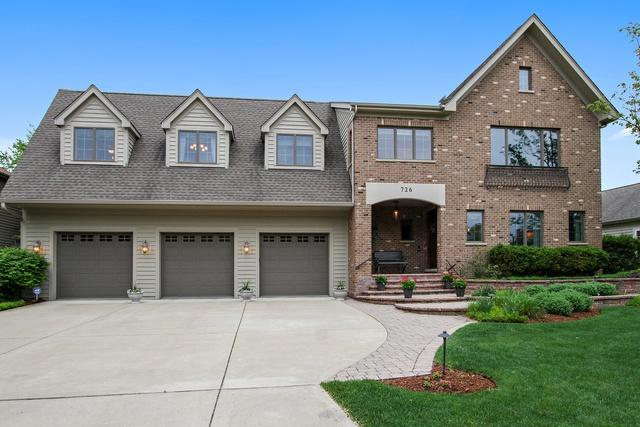 726 Wedgewood Drive, Crystal Lake, IL 60014 (MLS #09959350) :: The Jacobs Group