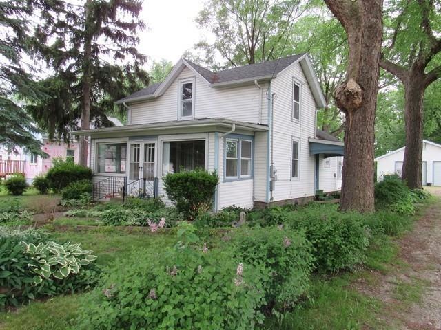 142 S Lincoln Street, Braidwood, IL 60408 (MLS #09963519) :: The Dena Furlow Team - Keller Williams Realty