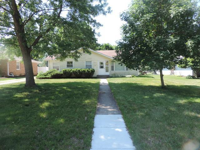 209 Taylor Street, Dwight, IL 60420 (MLS #09965883) :: The Dena Furlow Team - Keller Williams Realty