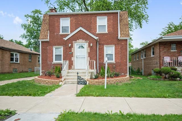 12517 S Throop Street, Calumet Park, IL 60827 (MLS #09970747) :: The Dena Furlow Team - Keller Williams Realty