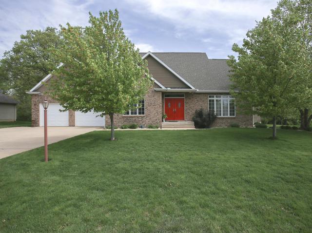 2010 E John Drive, Mahomet, IL 61853 (MLS #09974151) :: Ryan Dallas Real Estate