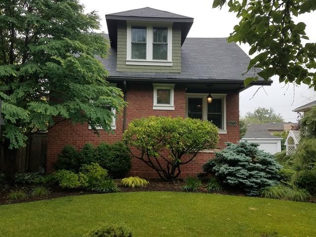 3909 Garden Avenue, Western Springs, IL 60558 (MLS #09978999) :: Lewke Partners