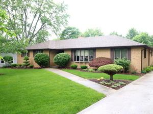 3250 185th Place, Homewood, IL 60430 (MLS #09981794) :: Ani Real Estate