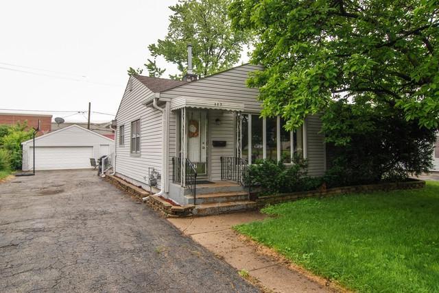 117 Westward Ho Drive, Northlake, IL 60164 (MLS #09983363) :: The Dena Furlow Team - Keller Williams Realty