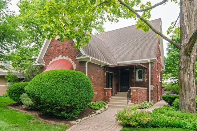 252 Olmsted Road, Riverside, IL 60546 (MLS #09988241) :: The Wexler Group at Keller Williams Preferred Realty