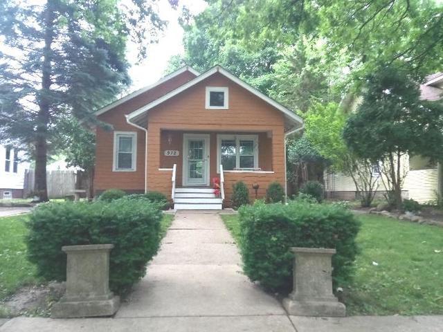 972 S Poplar Avenue, Kankakee, IL 60901 (MLS #09989551) :: The Dena Furlow Team - Keller Williams Realty