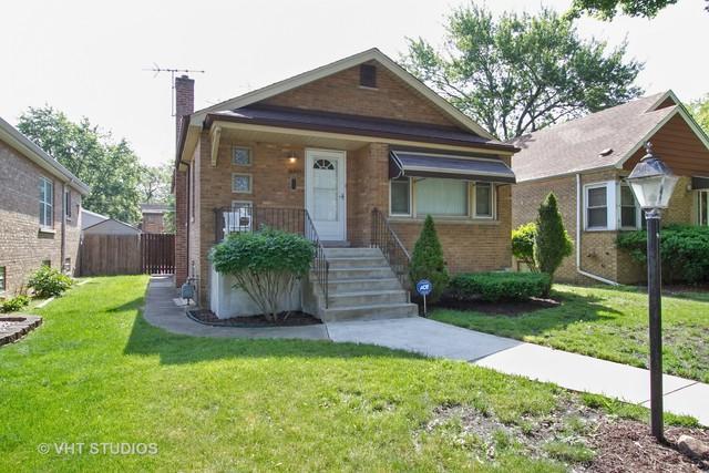 11941 Greenwood Avenue, Blue Island, IL 60406 (MLS #09991639) :: Ani Real Estate