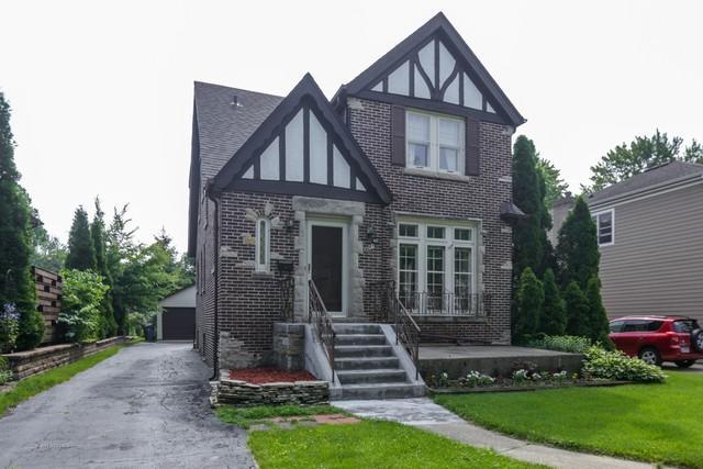 465 S Parkside Avenue, Elmhurst, IL 60126 (MLS #09991984) :: The Dena Furlow Team - Keller Williams Realty