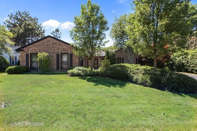 35 Fox Trail, Lincolnshire, IL 60069 (MLS #09992531) :: Helen Oliveri Real Estate