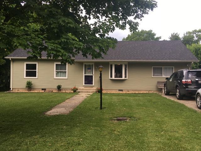 712 E Mccracken Avenue, Hoopeston, IL 60942 (MLS #09993665) :: Domain Realty