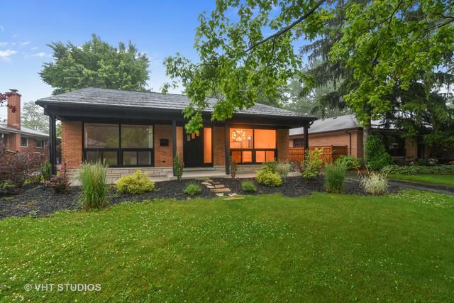 9643 Kedvale Avenue, Skokie, IL 60076 (MLS #09994634) :: The Dena Furlow Team - Keller Williams Realty