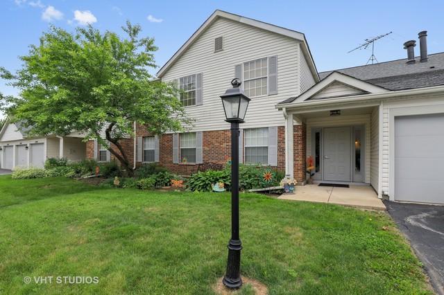 1354 Stratford Drive #1354, Gurnee, IL 60031 (MLS #09994815) :: Ani Real Estate