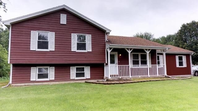 2101 Cedar Avenue, Hanover Park, IL 60133 (MLS #09995423) :: Ani Real Estate