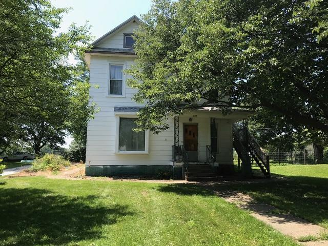 229 N Main Street, Roberts, IL 60962 (MLS #09997412) :: The Jacobs Group