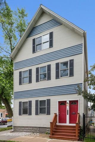3000 N Hoyne Avenue #1, Chicago, IL 60618 (MLS #10012383) :: Leigh Marcus | @properties