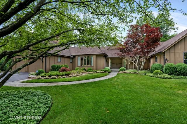1644 Sunset Ridge Road, Northbrook, IL 60062 (MLS #10021123) :: Helen Oliveri Real Estate