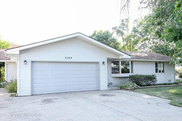 2107 Witchwood Lane, Lindenhurst, IL 60046 (MLS #10022550) :: The Jacobs Group