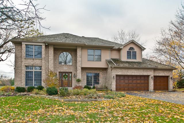 28449 Heritage Oaks Road W, Barrington, IL 60010 (MLS #10026422) :: HomesForSale123.com