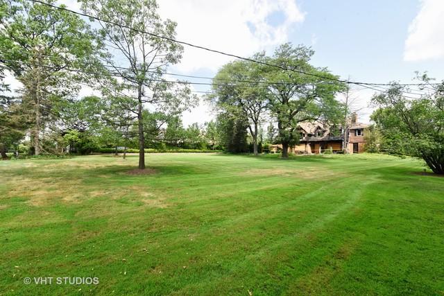 324 Oak Brook Road, Oak Brook, IL 60523 (MLS #10033212) :: Domain Realty