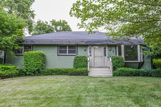 7 Clover Lane, Lake Bluff, IL 60044 (MLS #10037943) :: The Jacobs Group