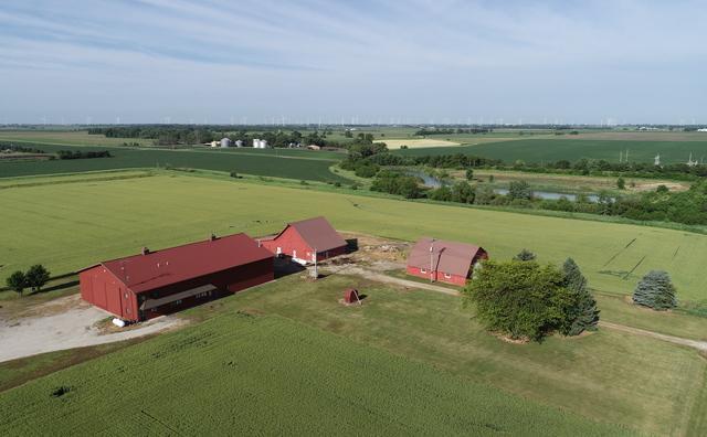 1019 E 200 N Road, Cissna Park, IL 60924 (MLS #10040707) :: Ryan Dallas Real Estate