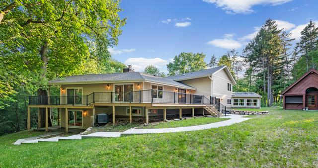 466 Pinewoods Drive, North Barrington, IL 60010 (MLS #10043198) :: The Jacobs Group