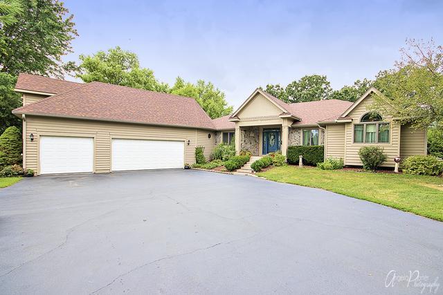 6419 Oak Hill Drive, Richmond, IL 60071 (MLS #10045107) :: The Jacobs Group