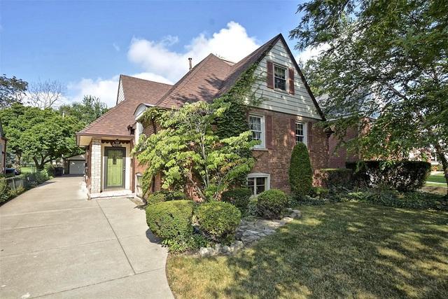 10526 S Talman Avenue, Chicago, IL 60655 (MLS #10046718) :: Littlefield Group