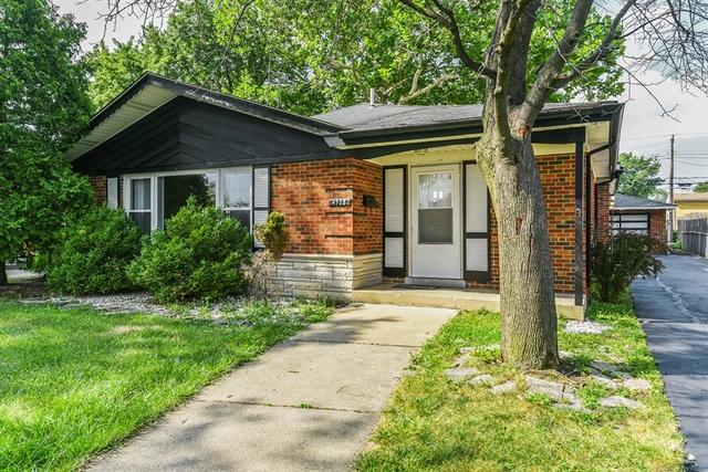 4528 W 102nd Place, Oak Lawn, IL 60453 (MLS #10053001) :: The Wexler Group at Keller Williams Preferred Realty