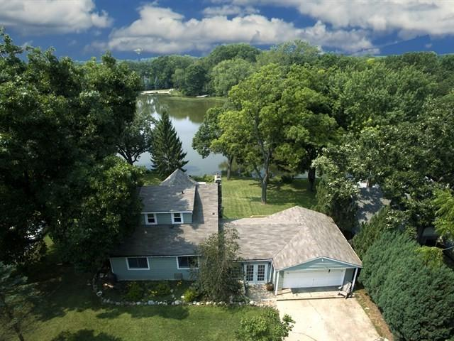 209 Hillside Drive, Island Lake, IL 60042 (MLS #10054096) :: The Jacobs Group