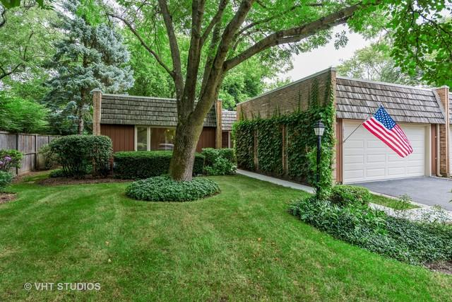 1925 Somerset Lane, Northbrook, IL 60062 (MLS #10054206) :: The Jacobs Group