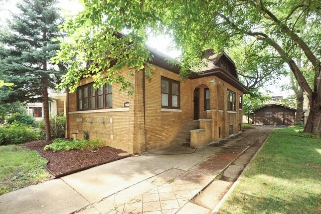 2264 W 111th Place, Chicago, IL 60643 (MLS #10054270) :: The Spaniak Team