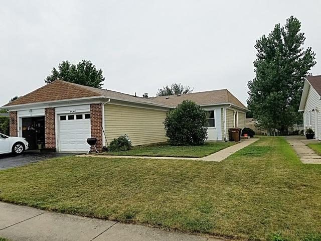 130 W Stevenson Drive, Glendale Heights, IL 60139 (MLS #10054428) :: The Spaniak Team