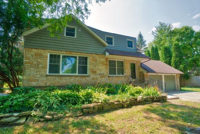 417 W Willow Road W, Prospect Heights, IL 60070 (MLS #10054519) :: The Spaniak Team